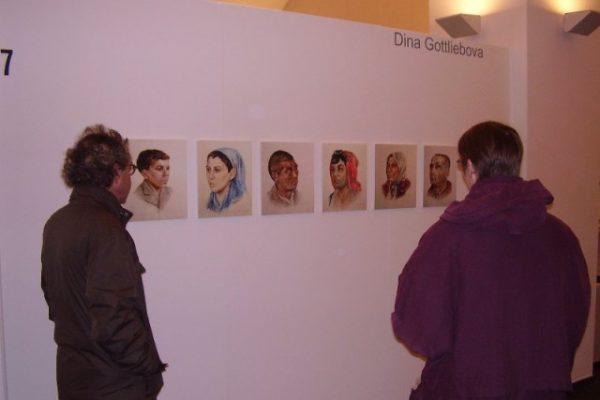 Die jüdische Malerin Dina Gottliebová portraitierte in Auschwitz auf Geheiß von Mengele Roma kurz vor ihrer Ermordung.